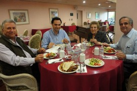 Pre-meeting dinner; from left to right: Vahe Vartanian, Arthur Zabounian, Jenny Kurkjian, Gary Kaloostian